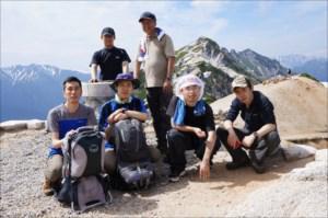 メンバー同士の仲も良く、みんなで登山に行ってきました。<br />イベントや懇親会も定期的に行なっています。