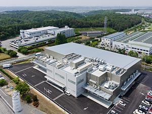 2013年設立の当社は2014年に関西工場、2015年に中部工場を操業し、着実に成長を遂げています。