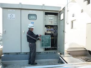 官公庁の関連施設や、病院などの公共施設に、非常用発電機を施工する現場監督をお任せします。