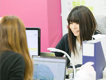 若手の女性社員が活躍中です!