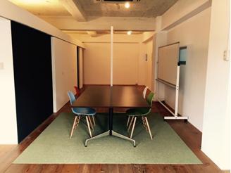 昨年新設された大阪オフィスですお洒落な場所にあります
