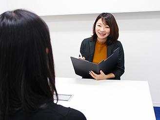 キャリアコンサルタントは皆さんと共に、これからのキャリアパスを一緒に考えます!