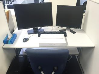 あなたのデスクはこんな感じ! WinとMac両方使用できます。
