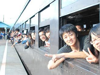 社員旅行の参加率は8割! 毎年恒例で温泉宿に宿泊します。