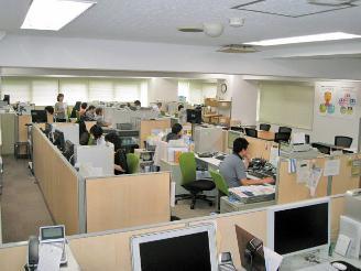 ゆったりとした作業スペース。 集中できる環境が整っています。