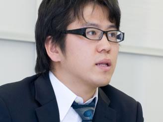 当社の代表藤田です。