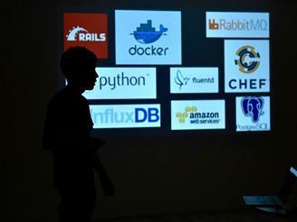 自社主催のエンジニア向け勉強会で最新技術の情報発信や交換も積極的に実施。