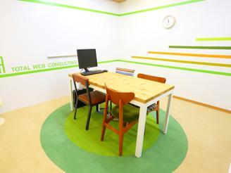 クリエイティブな発想の原点はオフィスから♪