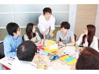 プロジェクトMTGが多く、コミュニケーションをとりながら仕事を進められます。
