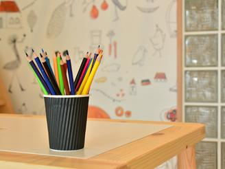 子どもたちが遊べるスペースも。店舗内では 定期的に様々なイベントが開催されます。