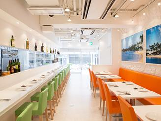 本社1Fにグループ会社運営のレストランがあります。社割でイタリアンが食べられます♪