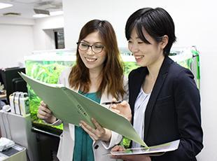 未経験スタートの女性営業も活躍中。入社3~4カ月目には初受注を実現しています!