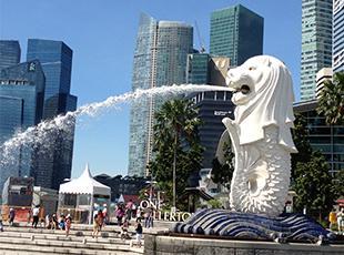 今年の社員旅行先はシンガポール!社員旅行で10回以上海外へ行ってる社員も。