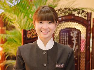 お客様をお出迎えするときは常に笑顔!最高の料理と接客でお客様に最高の時間を提供してください。
