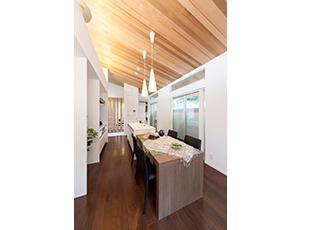 デザイナーズ住宅など、さまざまなバリエーションをお客様に提供します。
