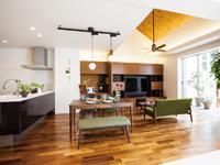 使う木材からインテリアの家具まで、できる限りお客様の理想を実現するように対応しています。