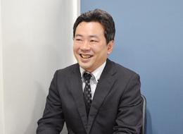 運営部 チーフマネージャー/有賀(入社8年目)