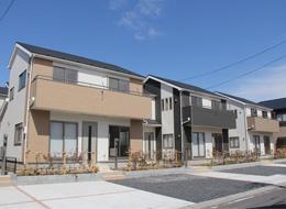 2013年11月に国内ハウスメーカー5社と経営統合を行ない、飯田グループホールディングスが設立されました。