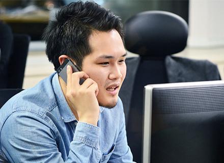 導入社数4,000社・100万人が利用する名刺管理サービスを展開しています。