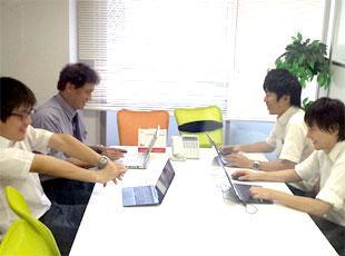 基本のビジネスマナーから学べる充実の研修もあるので、営業デビューにピッタリです。
