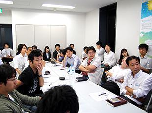 頻繁に勉強会を開催しています。現状に満足せず、常にスキルのブラッシュアップが可能です。