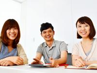 専門領域を持ちつつも、業務範囲は自分自身の意欲次第でどこまでも広がります。