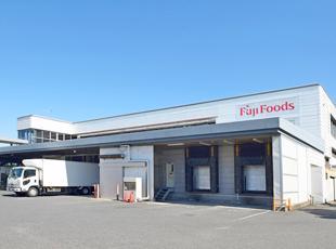 12工場で食品製造を展開する当社。1日に180万食を生産しています!