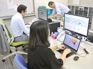 武松グループの社内システムを統括しており、やりがいは十分です!