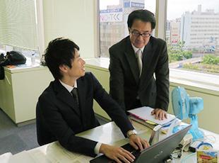 風通しが良く、上司・部下も気軽にコミュニケーションを取り合える環境です。