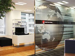 社内に併設されたリラックススペースで、仕事の合間にリフレッシュ。