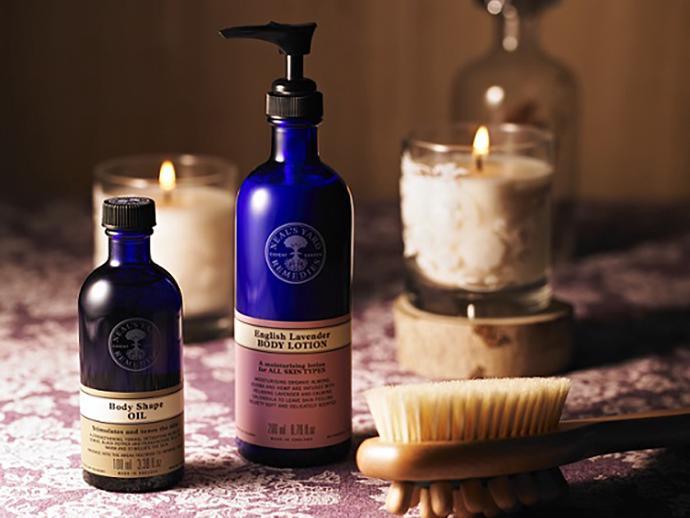 店内には厳選した植物から生まれたこだわりの商品がずらり。自然そのままの香りが広がります。