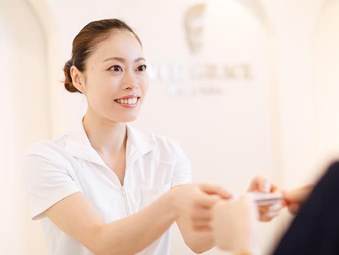 お客様により良い時間を過ごして頂けるよう、普段からスタッフ同士で意見を交わしています。