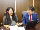 一人ひとりとの距離が近いのは当事務所の魅力!弁護士、スタッフが同じ部屋で仕事をしています。