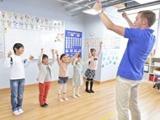 """英語で歌ったり、外国人講師と遊んだり♪ 埼玉エリアで展開中の<Kids Duo>で""""やる気スイッチ""""を刺激!"""