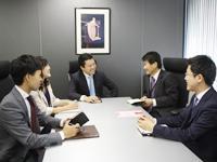 国内外のビジネスに精通したコンサルタントが活躍しています。